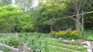 very neat natural garden art