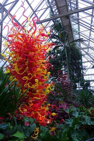 Giant Chihuly